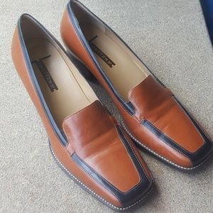 Trotters Shoes - Trotters Brown Black Tiffany Heeled Loafers 9.5 M